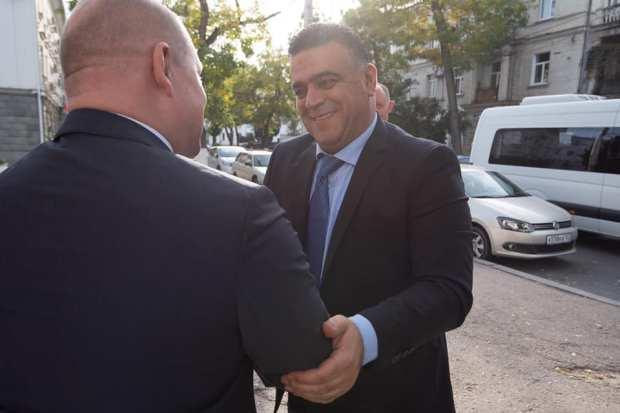 Власти Севастополя и сирийской провинции Тартус планируют от разговоров перейти к делу