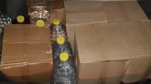 В Симферополе наряд ДПС остановил авто, в котором оказалось… более двух тонн этилогового спирта