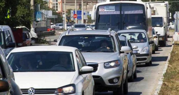 Есть ли ответ на вопрос: как победить пробки на дорогах Крыма? Узнаем к 1 мая