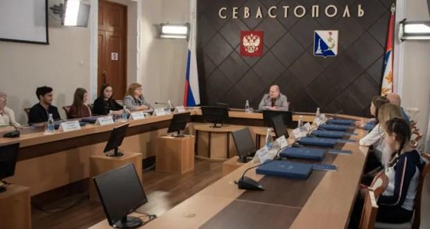 """Юные севастопольцы примут участие в чемпионате """"Абилимпикс"""""""