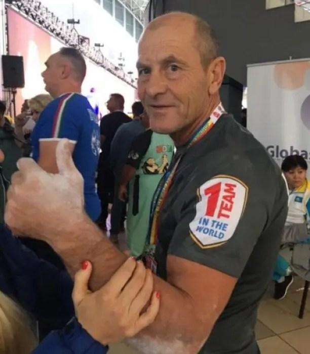 У сборной Крыма - семь медалей чемпионата мира по армрестлингу