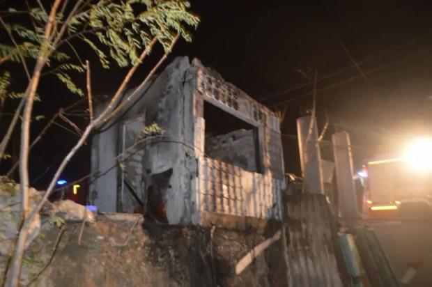 Пожары в Севастополе. На одном эвакуированы 10 человека, на втором погиб мужчина