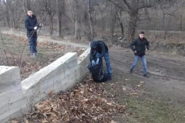 14 декабря в Симферополе состоялся масштабный субботник