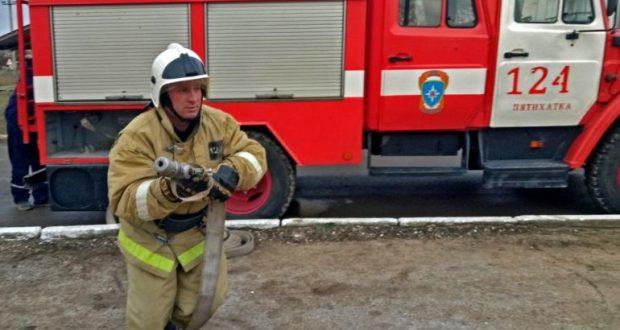 Хлам и неисправная электропроводка - повод к пожару. Инцидент в Красногвардейском районе