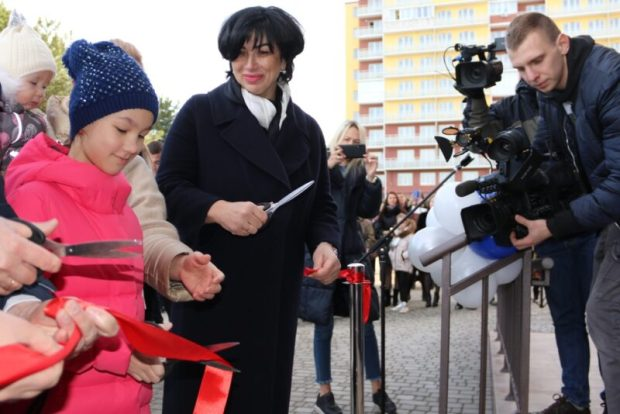 Подарок под Новый год: в Симферополе вручили новосёлам ключи от квартир