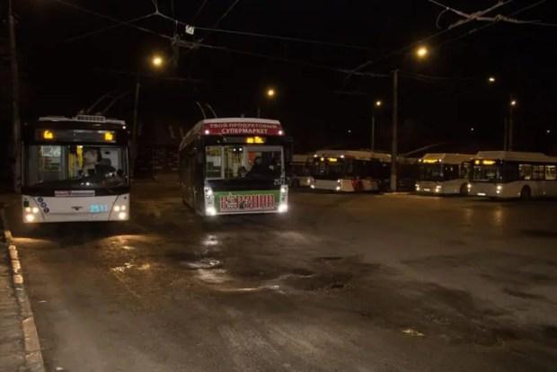 В Симферополе проверяют, как по вечерам работают маршрутки