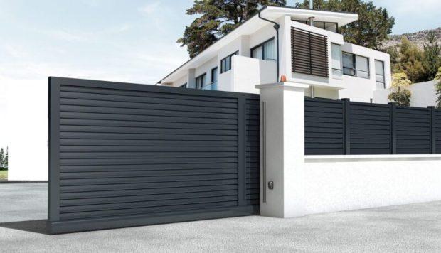 Откатные ворота – просто и надежный вариант для любой территории