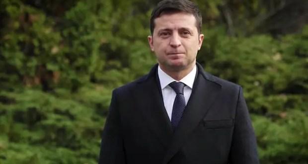 Владимир Зеленский поздравил украинских военнослужащих и пообещал «вернуть Крым»