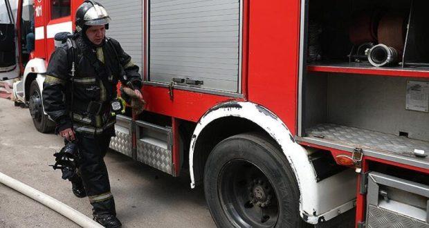 В Симферополе на пожаре спасли женщину