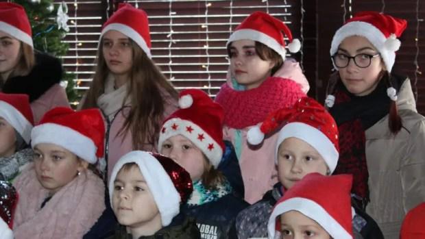 Крымские дети передали привет жителям Альп, поднявшись на плато Ай-Петри