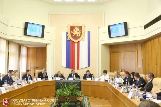 Пятьдесят студентов крымских вузов получат стипендии Госсовета РК. А молодые ученые – гранты