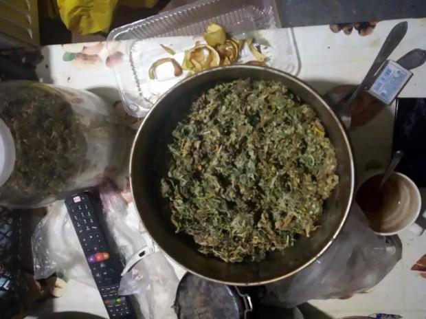 В Алуште задержали наркодилера. На улицы не попали тысячи доз марихуаны