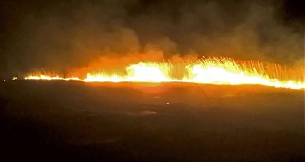 Крымские огнеборцы не допустили распространения огня при пожаре на открытой территории