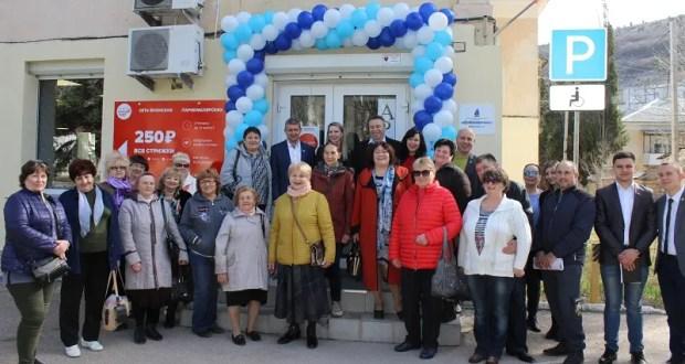 Проект ОД «Доброволец» «Социальная парикмахерская» - подарок к 8 марта всем балаклавцам
