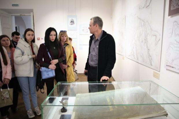 В Херсонесе презентовали выставку «Археология и Крымская война. Эпизоды»