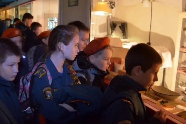 Всемирный день гражданской обороны: сотрудники МЧС провели для учащихся Севастополя открытые уроки