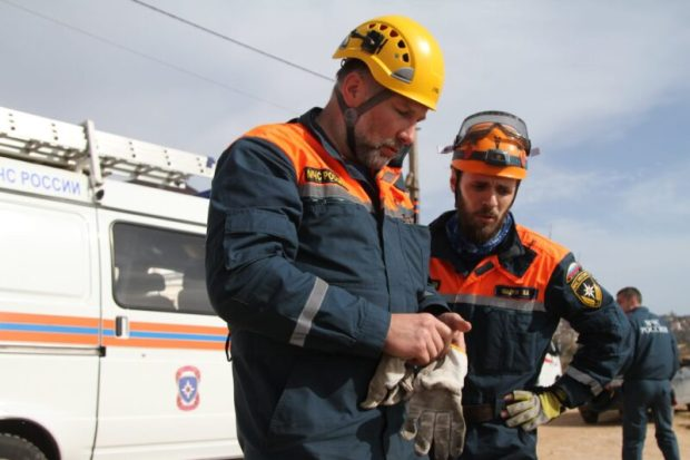 ЧП в Севастополе: с обрыва на мысе Фиолент сорвались двое мужчин. Один погиб