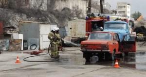 Учения МЧС в Севастополе: сотрудники ведомства ликвидировали последствия ДТП