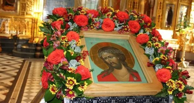 Важно: пасхальные богослужения в Крыму состоятся, но храмы для прихожан будут закрыты