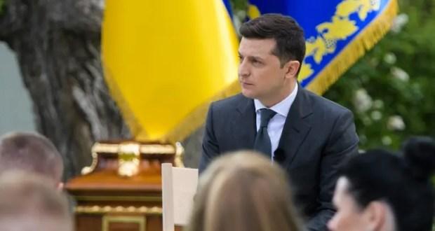 Президент Украины Зеленский обижается, что «Крыма мало в информационном пространстве»