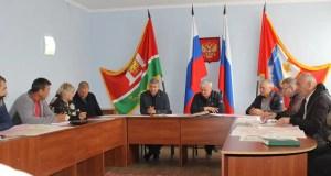 Лидер «Добровольца» Дмитрий Голиков поможет решить ряд проблем жителей сёл Балаклавского района