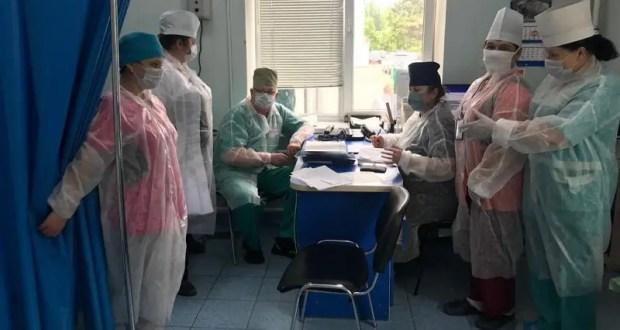 В Симферопольской клинической больнице скорой медицинской помощи №6 маски есть