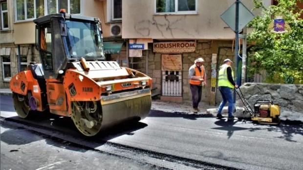 В Ялте ремонтируют подпорные стены и дороги