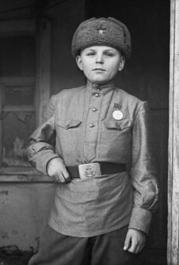 Википедия добавила биографии 53 детей войны из Крыма и Севастополя