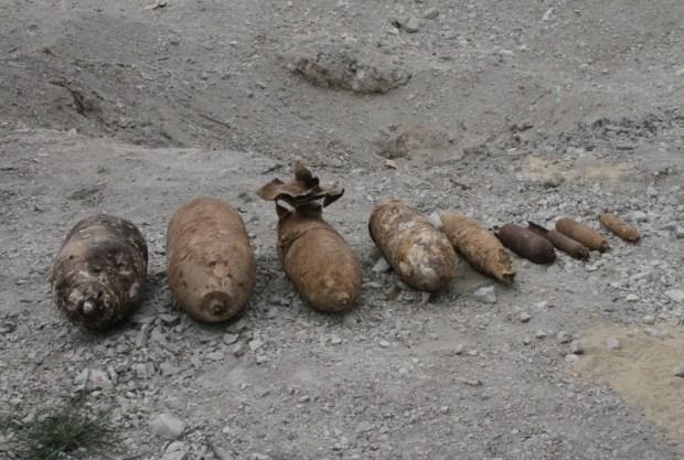 Севастопольские пиротехники МЧС одновременно уничтожили девять авиабомб времён Великой Отечественной войны