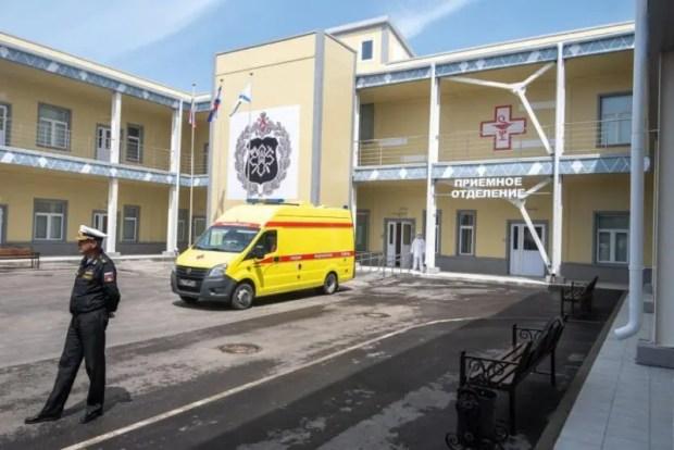 В Севастополе ввели в строй госпиталь в бухте Омега