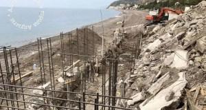 В курортом поселке Рыбачье выявили стройку на берегу моря