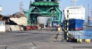 В портах Крыма готовятся к открытию грузового железнодорожного сообщения с полуостровом