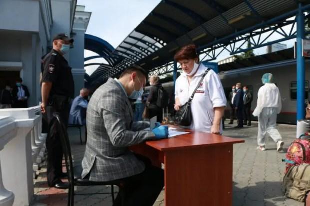 В Севастополе на COVID-19 тестируют приезжих, прибывающих в город как на авто, так и поездом