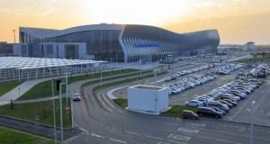 """Двое мужчин, зарабатывавших на перевозках пассажиров в аэропорту """"Симферополь"""", пойдут под суд"""