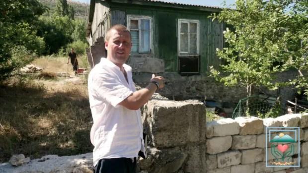 Очередная «жизненная история» от севастопольского «Добровольца»: человек без паспорта