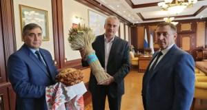 Крымские хлеборобы собрали урожай ранних зерновых
