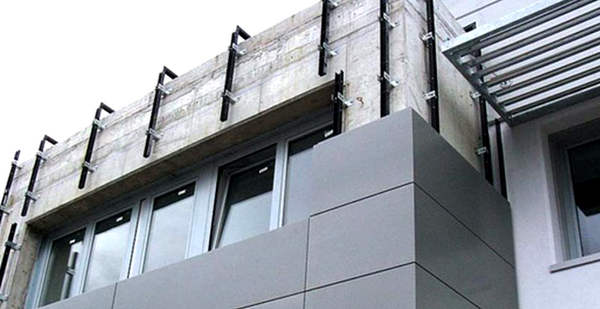 Облицовка фасада зданий панелями алюкобонд