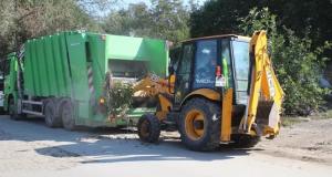 Коммунальщики Симферополя уверяют: мусор с каждой площадки вывозят ежедневно