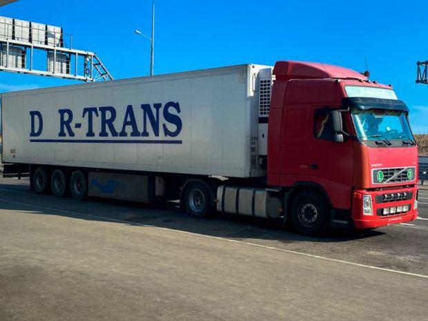 Незаконная перевозка алкоголя пресечена на Крымском мосту. Пивной груз на полуостров не доехал