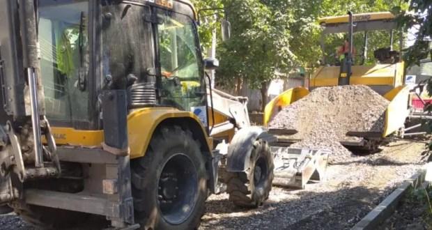 Представители регионального проектного офиса проинспектировали строительные объекты в Крыму