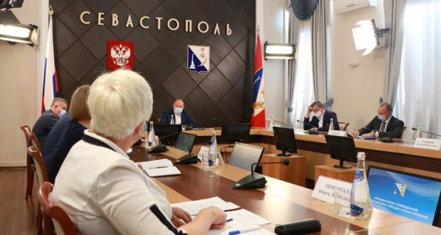 В Севастополе вызвать на дом участкового врача непросто. Врио губернатора требует ситуацию исправить
