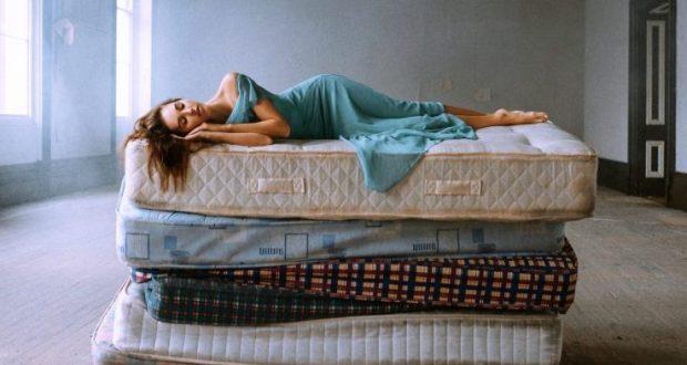 На правильном матрасе спится сладко и спокойно. Как такой подобрать?
