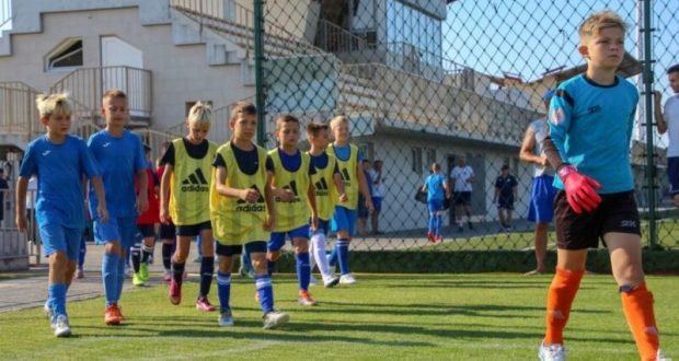 В Евпатории открылась первая крымская профессиональная Академия футбола