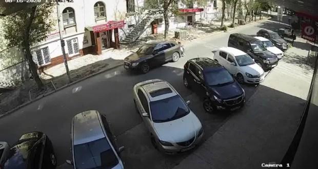В Севастополе ГИБДД разыскивает транспортное средство, побывавшее в ДТП