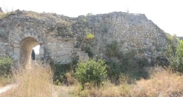 В Херсонесе завершилась реставрация части оборонительной стены, прилегающей к башне Зинона