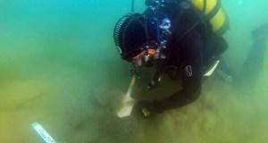 В Керченском проливе обнаружили затонувший деревянный парусник