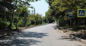 В симферопольском селе Перово полным ходом идет ремонт дорог