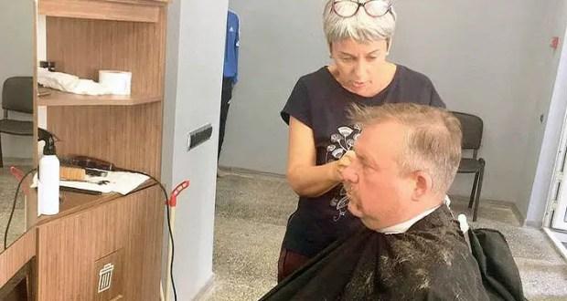 «Доброволец» продолжает популярный проект «Социальная парикмахерская»