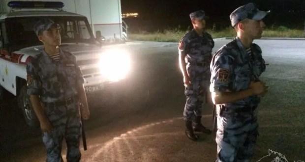 В Керчи бойцы Росгвардии передали полиции уснувшего за рулём нетрезвого водителя