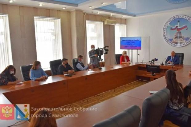 Председатель Заксообрания Севастополя Владимир Немцев подвел итоги работы за год